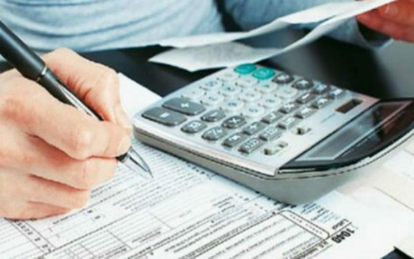 Εξετάζεται παράταση για τις φορολογικές δηλώσεις. Σε 4 δόσεις ο ΕΝΦΙΑ