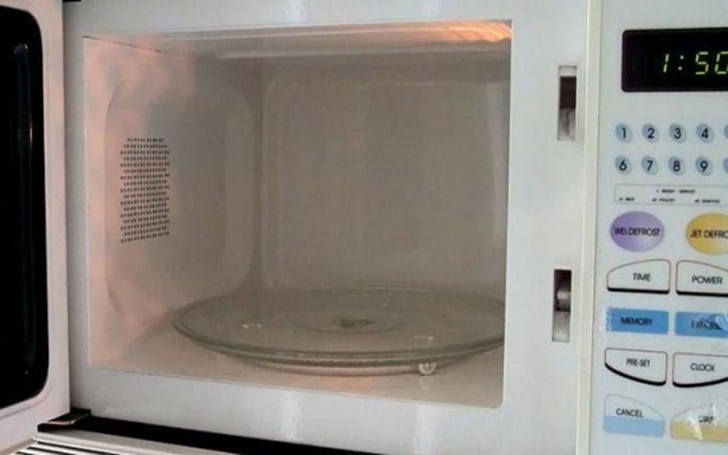 Πώς μπορεί να σας βλάψει ο φούρνος μικροκυμάτων