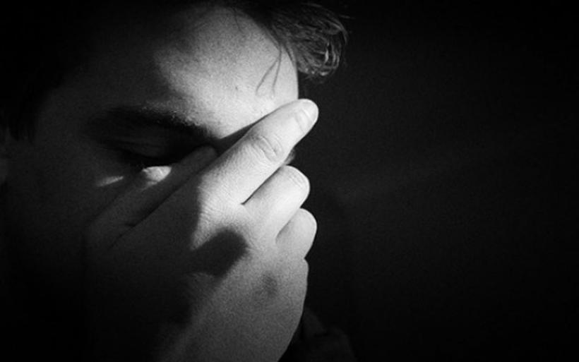 Η κρίση μας αρρωσταίνει και μας σκοτώνει - Κατακόρυφη αύξηση περιστατικών κατάθλιψης