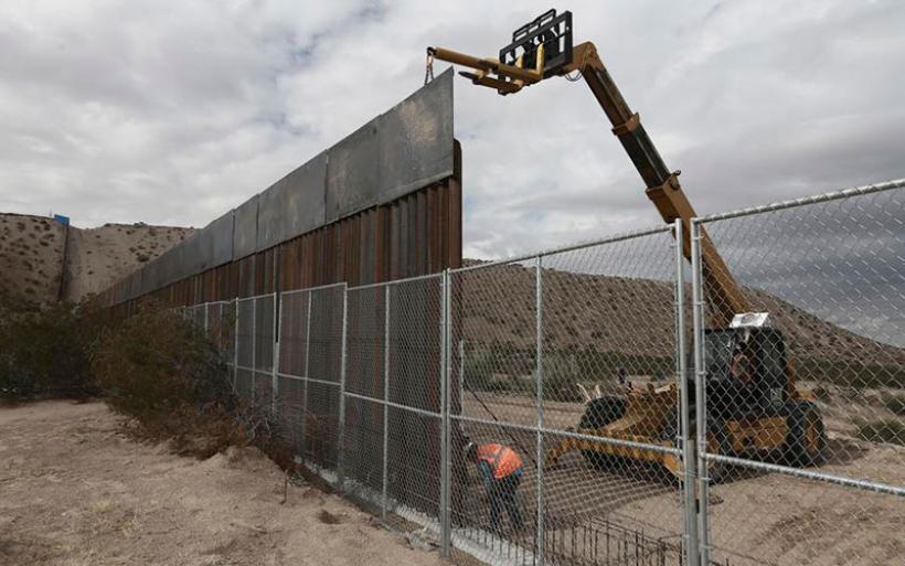 «Δεν πληρώνω» απαντά ο πρόεδρος του Μεξικού στον Τραμπ για το τείχος