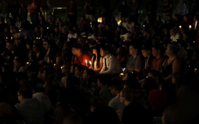 Τα λαμπερά φώτα του Λας Βέγκας «θάμπωσαν» από το αίμα των 59 νεκρών