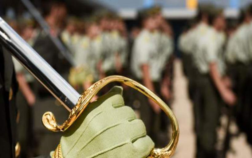 Σοκ με τις περικοπές των συντάξεων- «Ψαλίδι» έως 1.000 ευρώ σε ανώτατους στρατιωτικούς και δικαστές