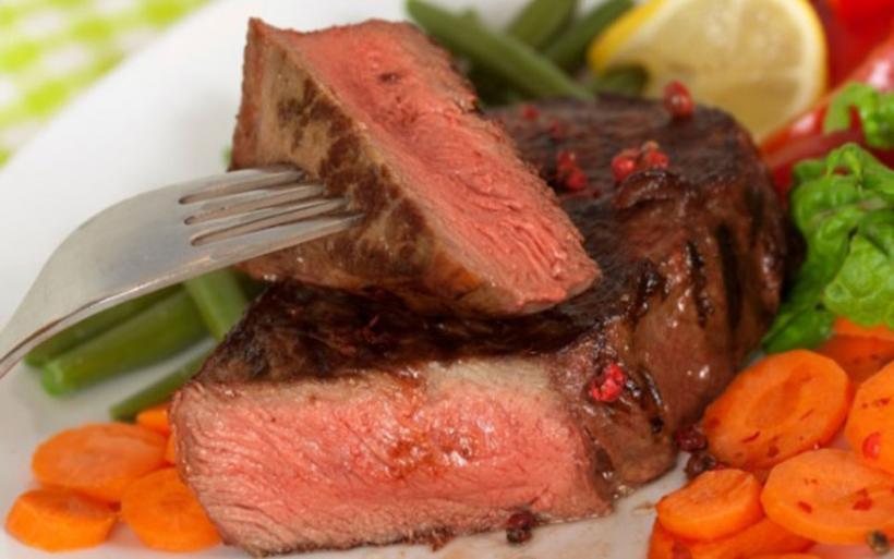 Χοληστερίνη και κόκκινο κρέας: Τι ισχύει στην πραγματικότητα