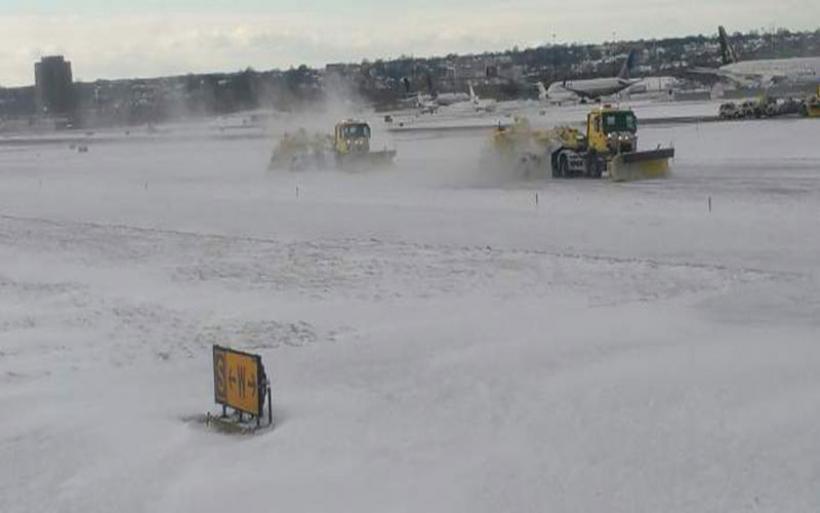 Κλειστό και σήμερα το αεροδρόμιο της Γενεύης λόγω ισχυρής χιονόπτωσης