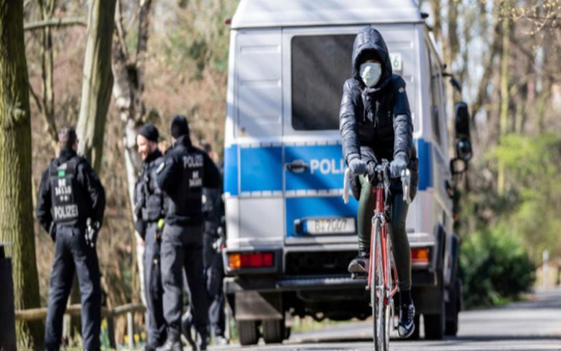 Γερμανία: Ομάδα ανδρών επιτέθηκε με μαχαίρια σε περαστικούς -Τέσσερις τραυματίες