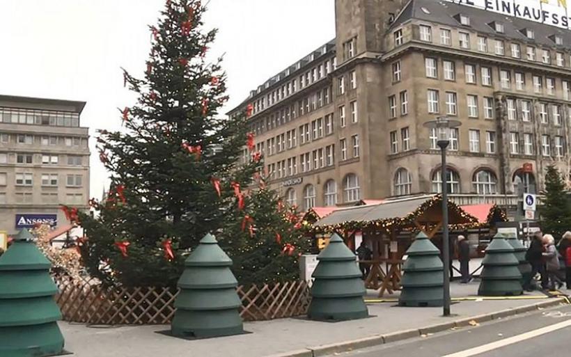 Γερμανία: Χριστουγεννιάτικα δέντρα «ασπίδες» σε περίπτωση τρομοκρατικής επίθεσης