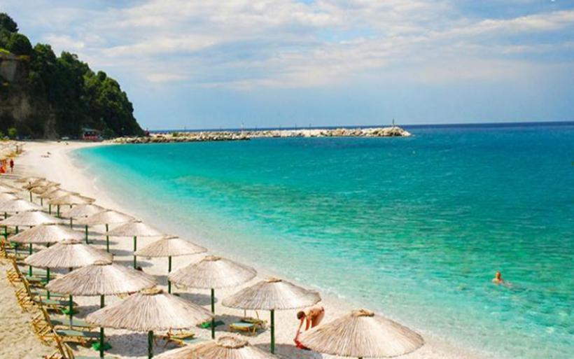Η επική προειδοποίηση στους τουρίστες σε παραλία του Πηλίου