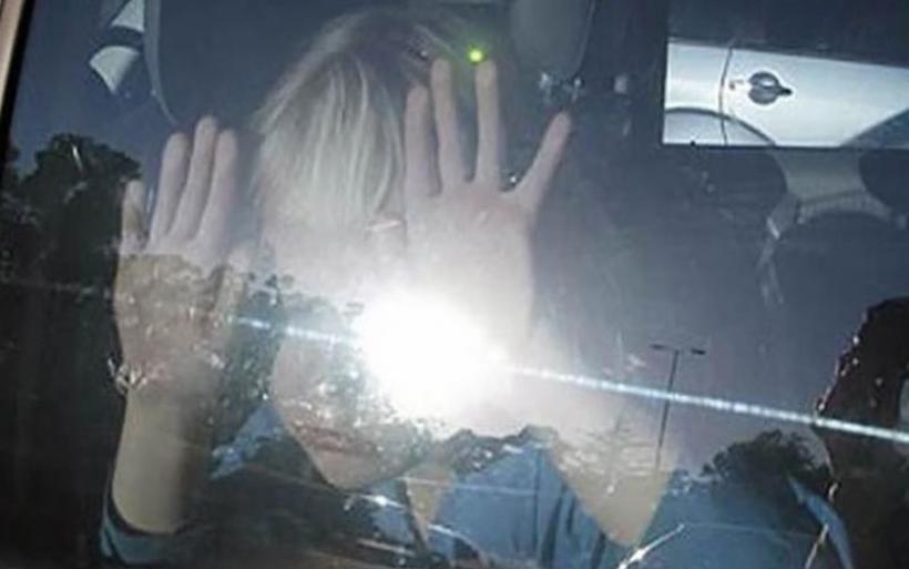Αδιανόητο περιστατικό στην Κάλυμνο: Κλείδωσε το 5χρονο παιδί της στο Ι.Χ. και πήγε για δουλειά!