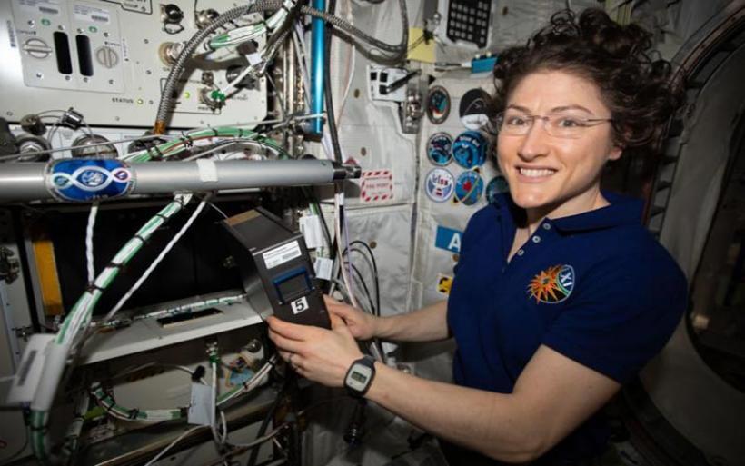 Αυτή είναι η πρώτη γυναίκα που βρίσκεται στο διάστημα πάνω από 300 ημέρες!