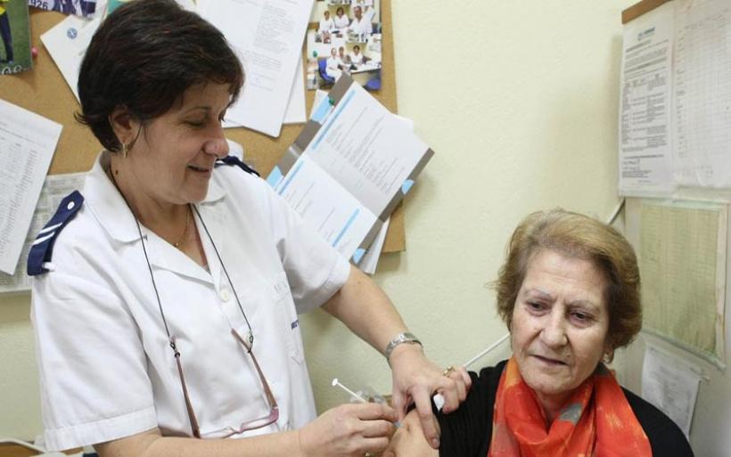 ΕΟΦ: Μετά την κατακραυγή, παραγγέλνει 50.000 αντιγριπικά εμβόλια
