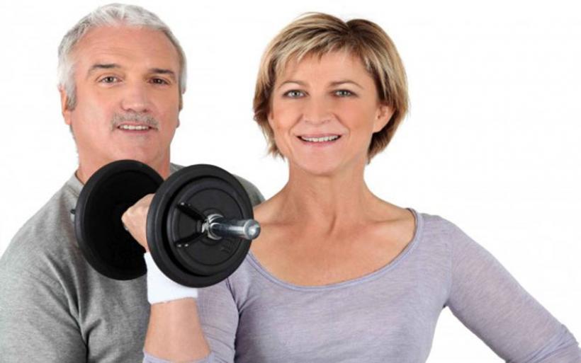 Η γυμναστική μετά τα 40 «ξανανιώνει» το δέρμα