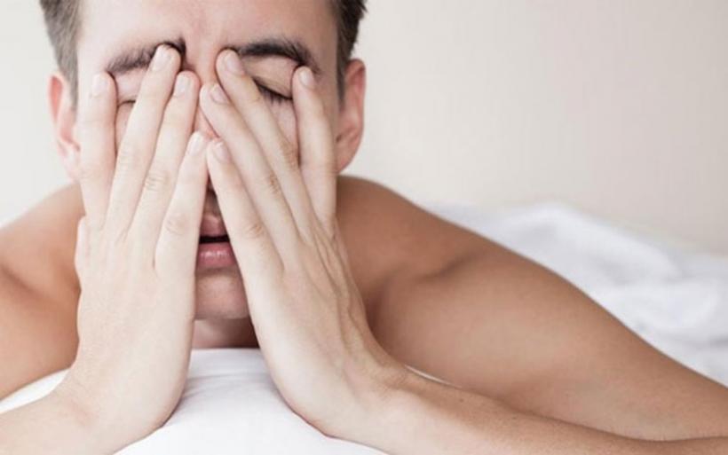 Hangover: Πώς θα γλιτώσετε τον πονοκέφαλο μετά από αλκοόλ και ξενύχτι