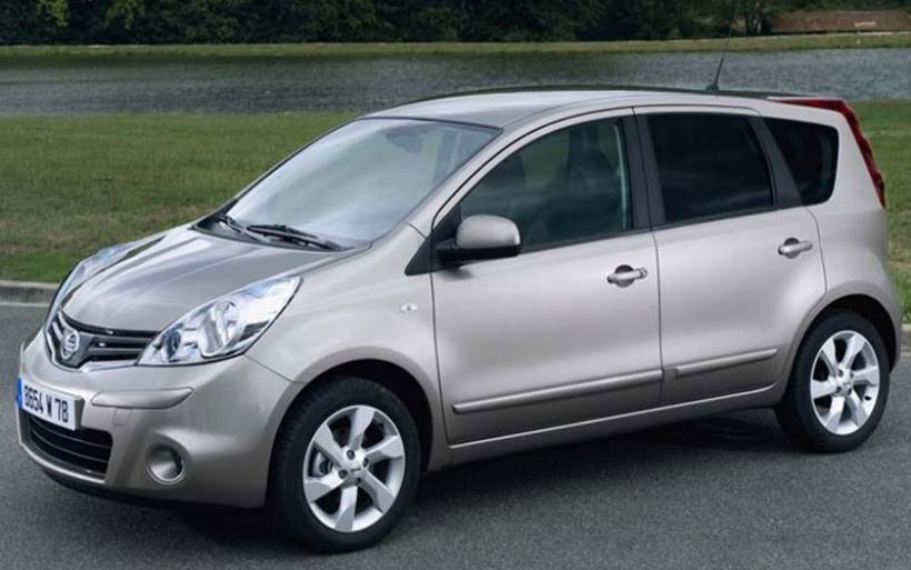 Ανακαλούνται 8.269 οχήματα Nissan Tiida και Note