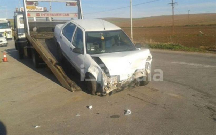Σοβαρό τροχαίο ατύχημα έξω από τα Φάρσαλα με τρεις τραυματίες (φωτο)