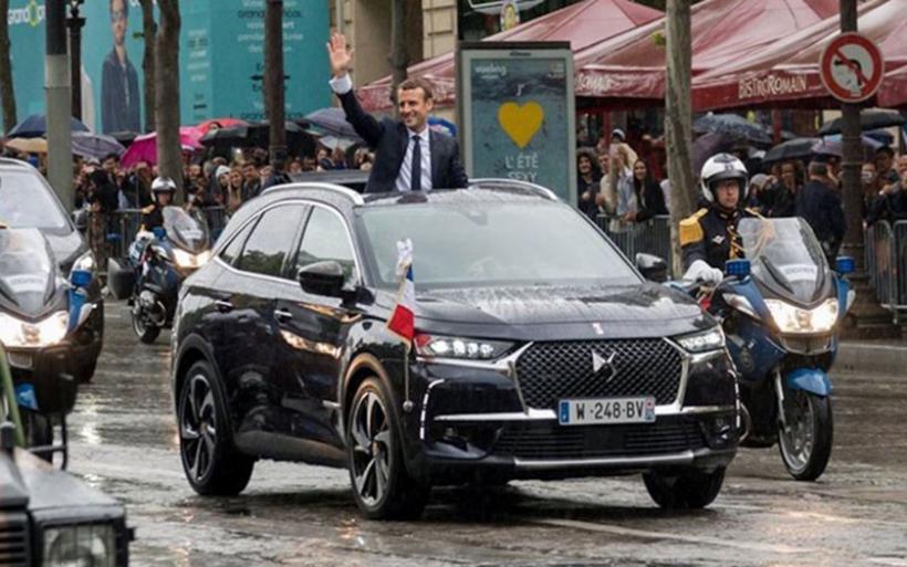 Με αυτοκίνητο που ακόμα δεν έχει κυκλοφορήσει εμφανίστηκε ο νέος πρόεδρος της Γαλλίας