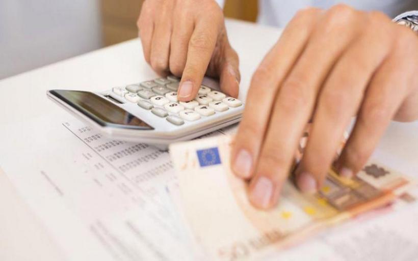 Έρχεται νέα ρύθμιση χρεών για ελεύθερους επαγγελματίες