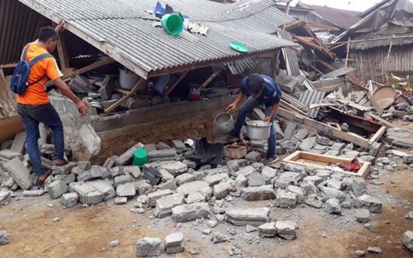 Σεισμός στην Ινδονησία: 500 άτομα απεγκλωβίστηκαν μετά από μεγάλη επιχείρηση
