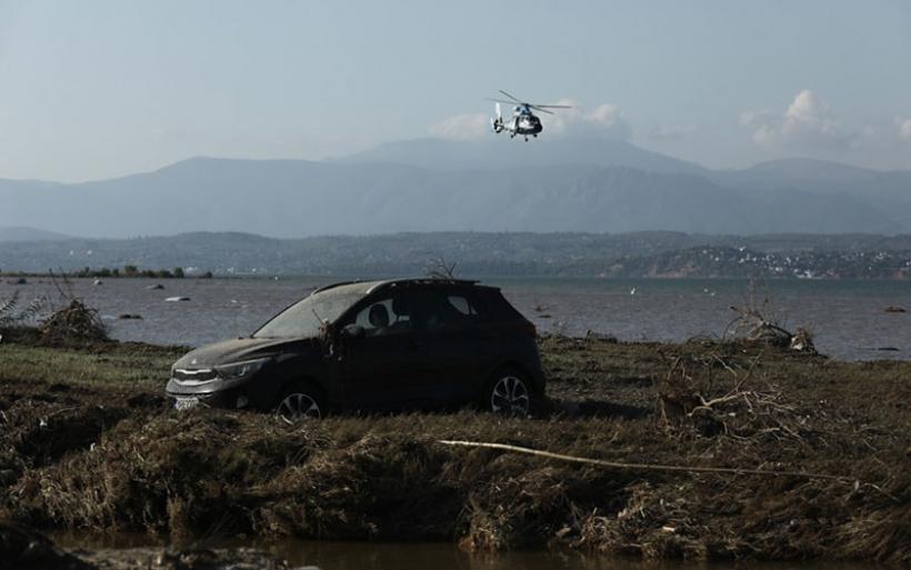 Λάσπη, θάνατος και καταστροφή! Οι πιο θλιβερές εικόνες στην Εύβοια μία ημέρα μετά την κακοκαιρία