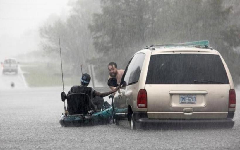 ΗΠΑ: Υποβαθμίστηκε ο κυκλώνας Φλόρενς - 13 νεκροί