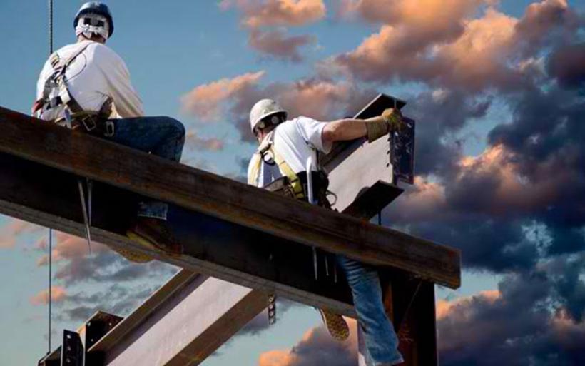 Ανασφάλιστη εργασία: Βαριές καμπάνες φέρνει νέο νομοσχέδιο