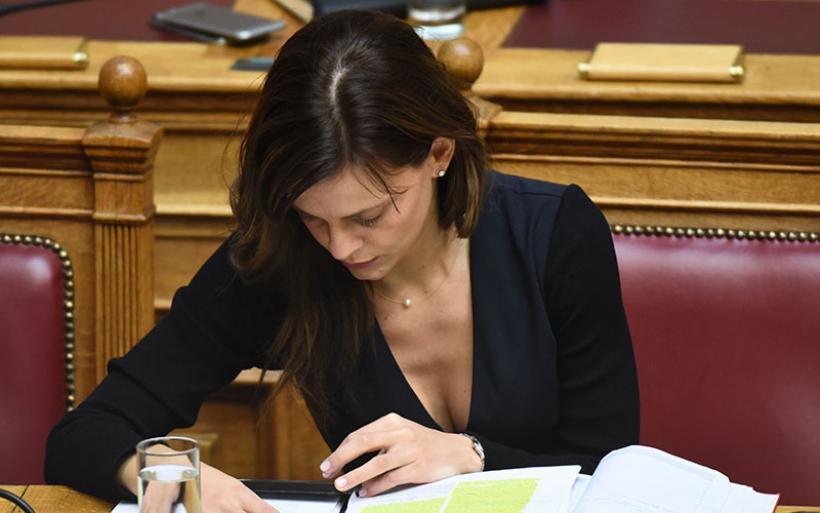 Αχτσιόγλου: Θα νομοθετήσουμε στεγαστικό πρόγραμμα με επιδότηση ενοικίου 1.000 ευρώ ετησίως