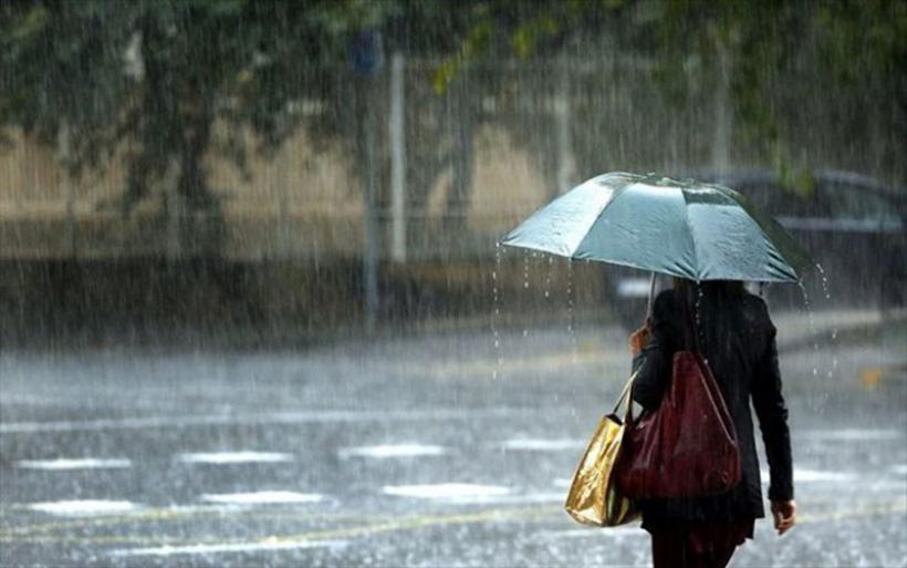 Αστατος καιρός με βροχές και καταιγίδες ως την Τετάρτη