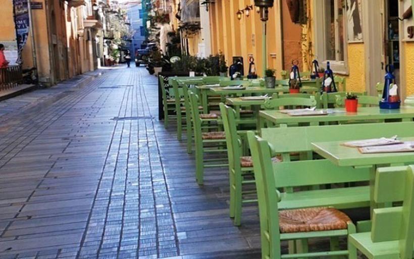 Μόνο με καθήμενους από αύριο οι χώροι εστίασης, τα μπαρ, τα κλαμπ και τα κέντρα διασκέδασης