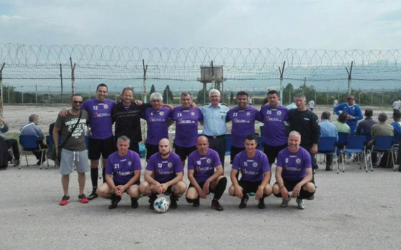 Αστυνομικοί της Μαγνησίας σε ποδοσφαιρικό τουρνουά για την στήριξη των κρατουμένων της Κασσαβέτειας