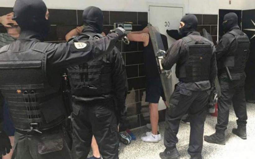Έφοδος των κομάντο των φυλακών στο Βόλο