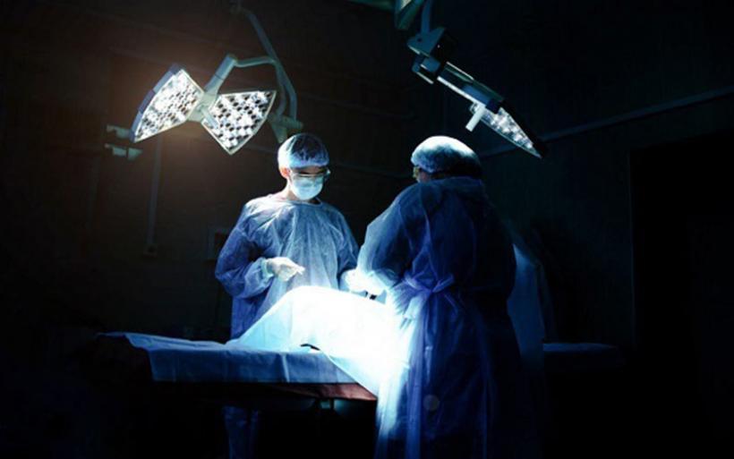 Άφωνοι οι γιατροί με αυτό που βρήκαν στα γεννητικά όργανα 13χρονου