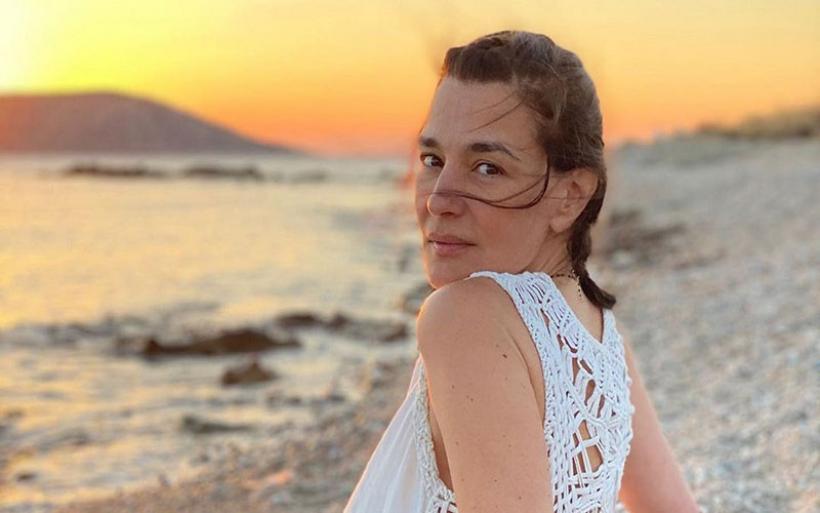 Η Μαρία Ναυπλιώτου εντυπωσιάζει ποζάροντας χωρίς μακιγιάζ και φίλτρα