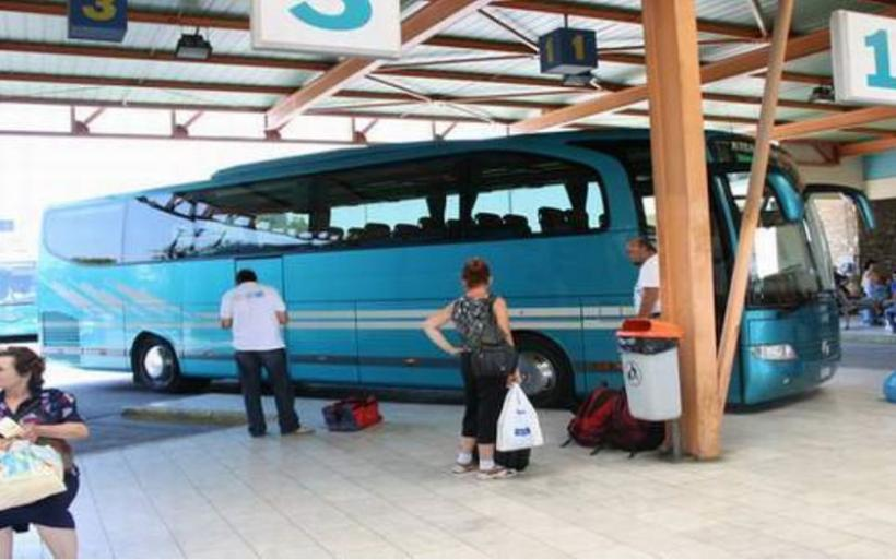 Βόλος: Βγήκε από λεωφορείο του ΚΤΕΛ με ένα κιλό ηρωίνης