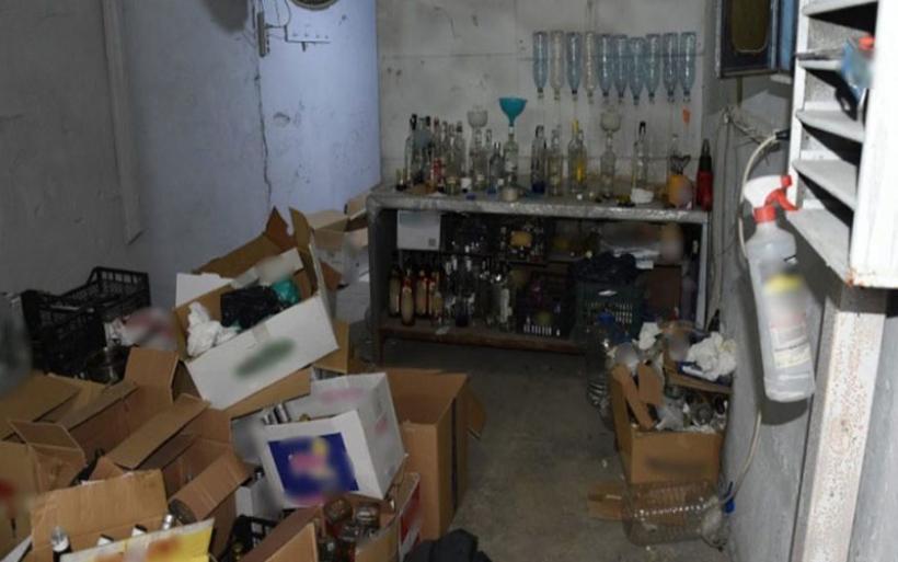 Κύκλωμα εμφιάλωσης και διάθεσης επικίνδυνων αλκοολούχων προϊόντων με πλοκάμια σε Στεφανοβίκειο και Αρμένιο