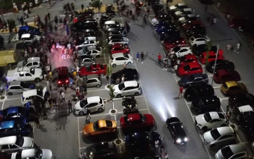 """Λάρισα: Κόντρες αυτοκινήτων στην κάμερα! Το ραντεβού που έδωσαν οδηγοί """"πειραγμένων"""" ΙΧ"""