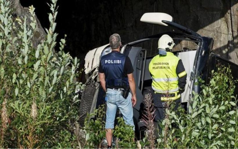 Λεωφορείο έπεσε από γέφυρα στη Φινλανδία: Τέσσερις νεκροί και 17 τραυματίες