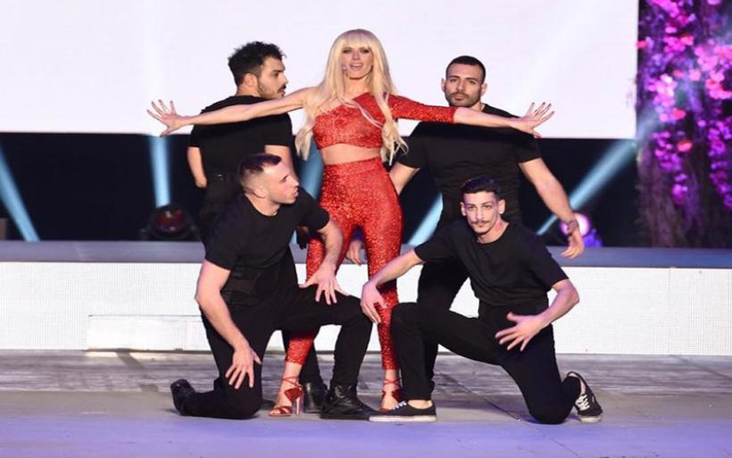 Madwalk 2019: Όλα όσα έγιναν στο φαντασμαγορικό show που συνδυάζει μόδα & μουσική!