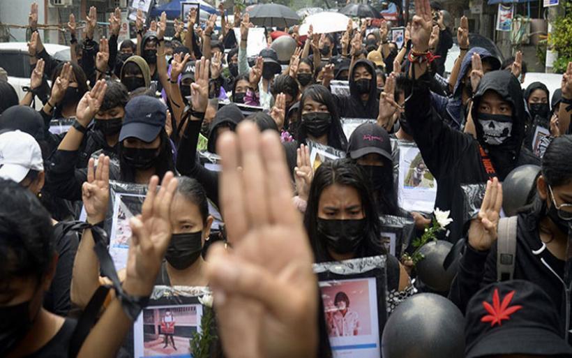 Νέα αιματοχυσία στη Μιανμάρ - Η παράλληλη κυβέρνηση κατάρτισε φάκελο με τις ωμότητες που διαπράττει ο στρατός