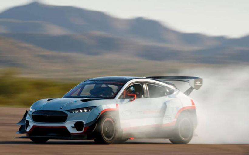 Ηλεκτρική Mustang, ένας «πύραυλος δρόμου» με 1.400 ίππους