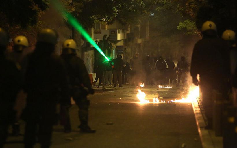 Εξάρχεια: Έντεκα συλλήψεις και 26 προσαγωγές για τα επεισόδια