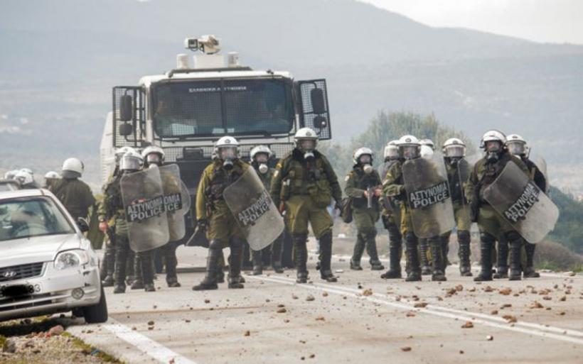 Οπισθοχώρηση της κυβέρνησης μετά το σκηνικό «πολέμου» στα νησιά – Συνάντηση Μητσοτάκη με δημάρχους