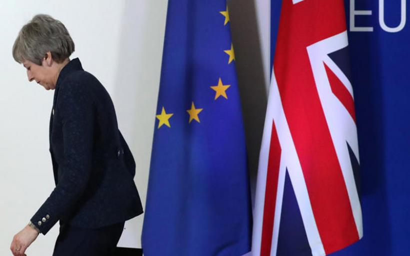 Brexit: Οι δύο εναλλακτικές & ο γολγοθάς της Μέι