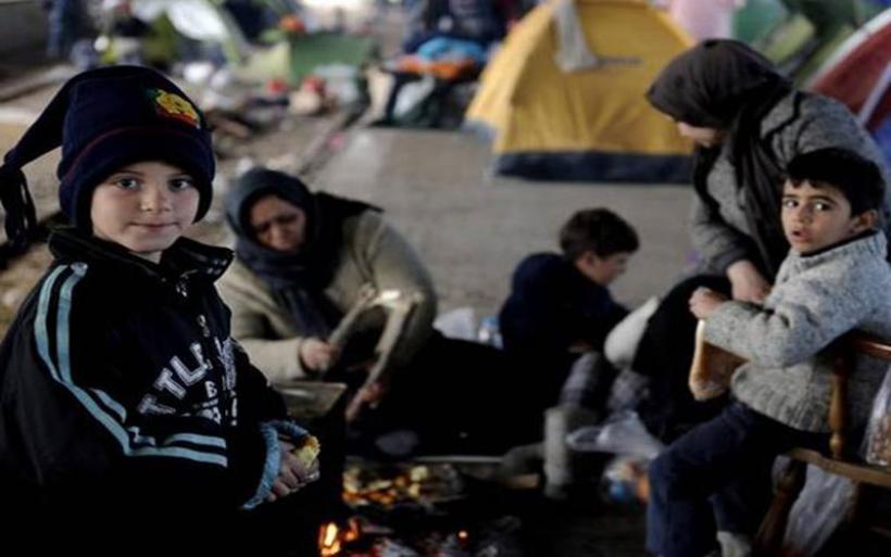 Μεταναστευτικό: Στο λιμάνι του Πειραιά 367 μετανάστες από την Μυτιλήνη