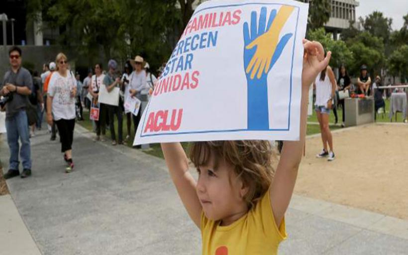 ΗΠΑ: Τα παιδιά των παράτυπων μεταναστών θα επανενωθούν σήμερα με τις οικογένειές τους