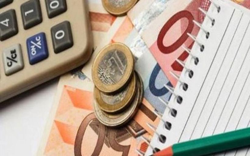 Νέο μηνιαίο επίδομα 100 ευρώ: Ποιους αφορά. Ποια τα κριτήρια