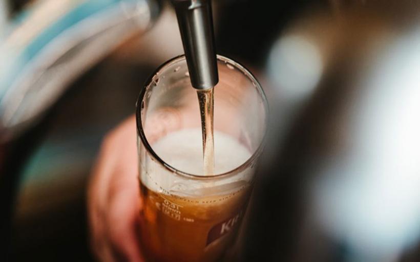 Κορονοϊός - Βρετανία: Έλλειψη μπύρας στις παμπ μετά την άρση του lockdown