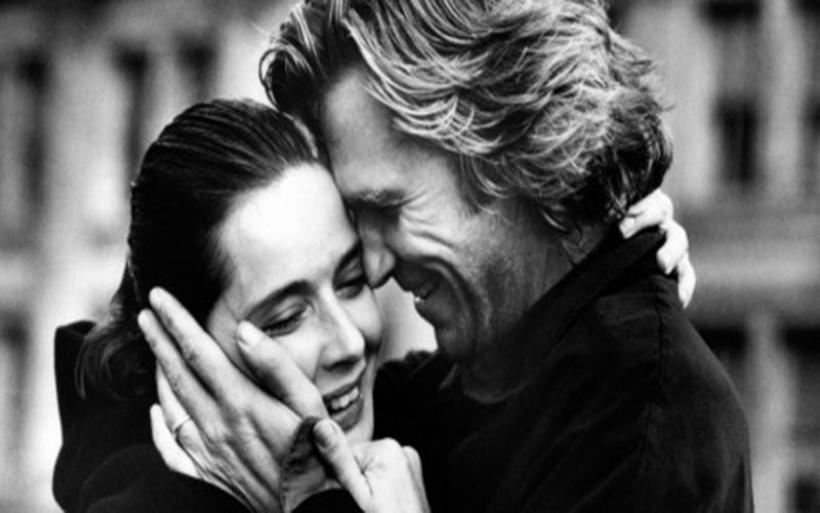 Αυτές είναι οι 10 συνήθειες των ζευγαριών με τις πιο ευτυχισμένες σχέσεις