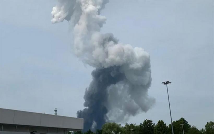 Έκρηξη στο Λεβερκούζεν - Ανησυχία για το τοξικό νέφος