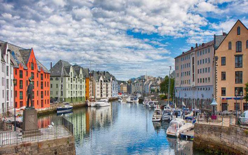 Η Νορβηγία κυλιέται στο χρυσάφι χάρη στην Ευρωπαϊκή Ενωση, στην οποία... δεν ανήκει