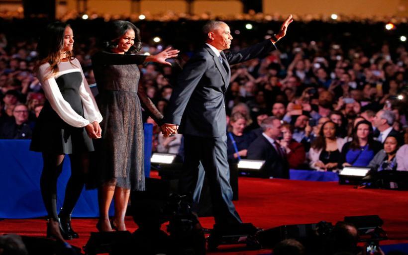Τα δάκρυα του Ομπάμα στην αποχαιρετιστήρια ομιλία του και το «Σ' αγαπώ» της Μισέλ