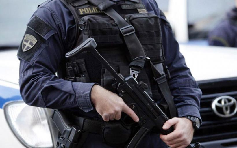 Οδηγός ταξί συνελήφθη έξω από τον Αλμυρό για παράνομη διακίνηση αλλοδαπών